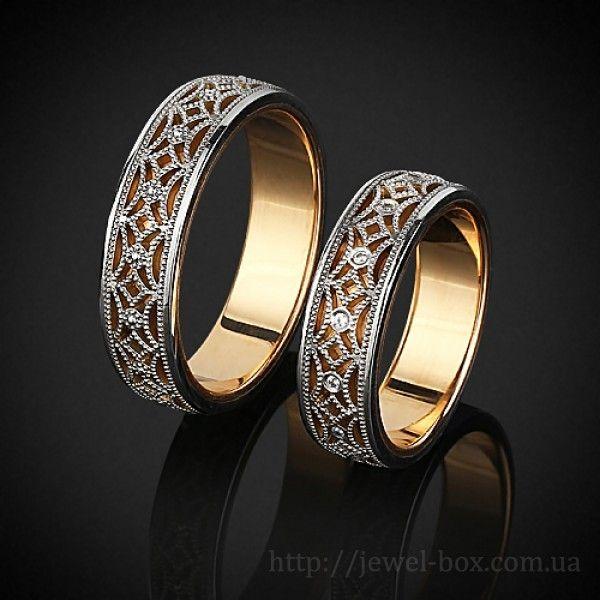 Красивые парные обручальные кольца