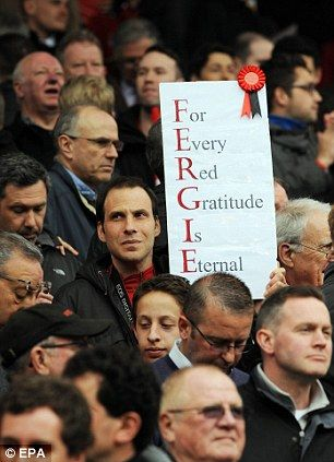 Ferguson was hailed by the Old Trafford faithful #SIGHS  Going to miss you alot #SAF #Fergie