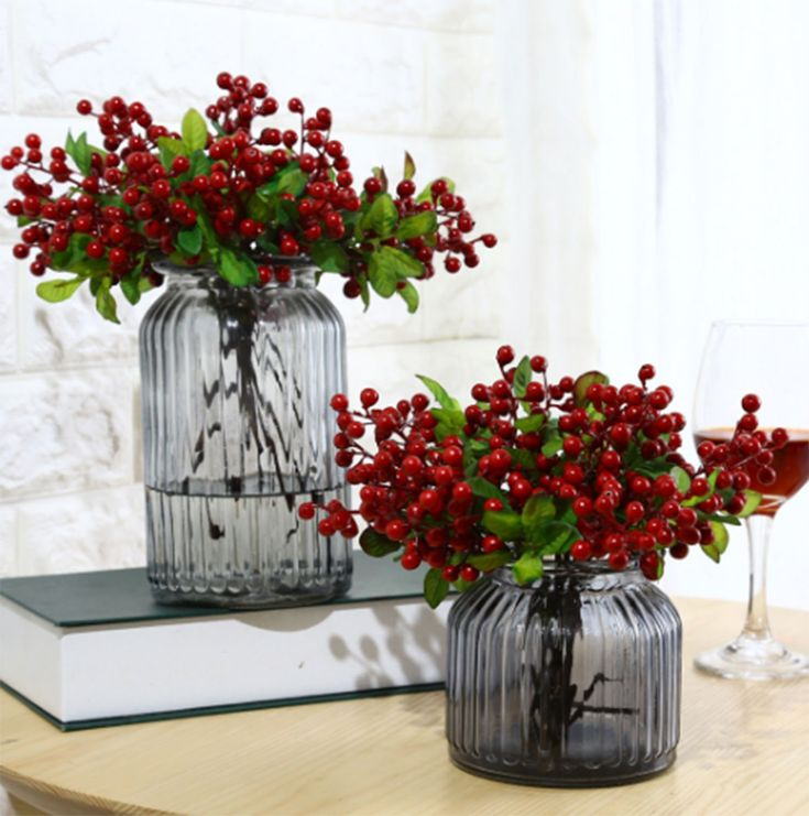 Mistari 20 Pcs Plastic Artificial Flowers California Berries Blueberry Fruit Fake Silk Flowers Home Decorative Party Wedding (Red)