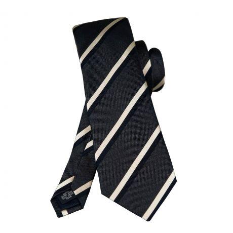 Cravate en soie gris à rayures marine #cravate http://www.cafecoton.fr/cravate-soie-homme/6156-cravate-en-soie-grise-a-rayures-marine--3602731380511.html