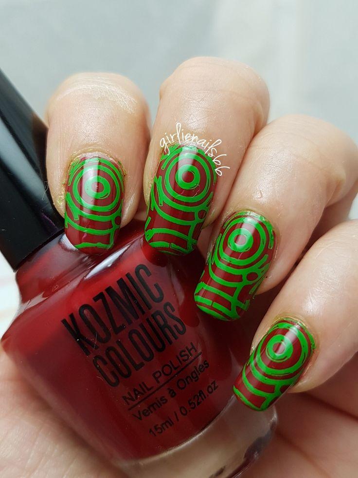 Red and green circle nails