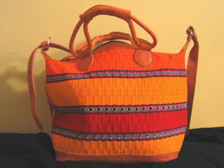Handmade Huipil Leather Bag Tote  Bolsa Tipica por BojaTeori,