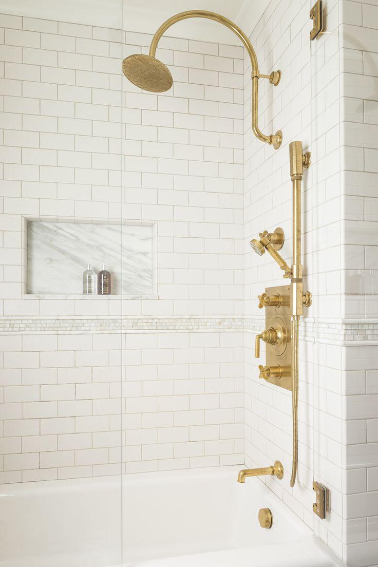 25 Best Ideas About Subway Tile Bathrooms On Pinterest