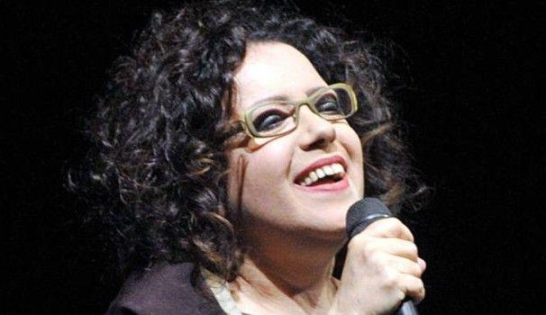 5 settembre 2017 - Intervista di Manuela Marziani per Il Giorno, in vista del concerto che si terrà questa sera a Pavia. #AntonellaRuggiero #MarkHarris #RobertoColombo #Pavia #concertoversatile