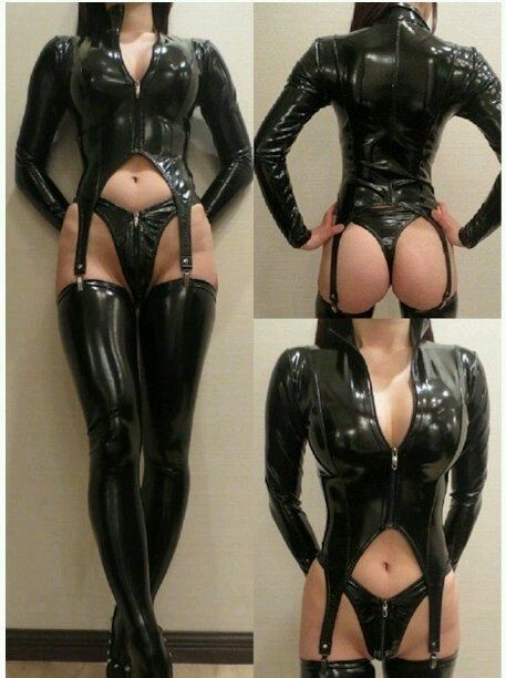 Crossdresser in latex