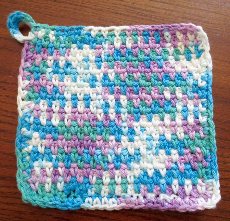 A simple elegant dishcloth! Easy to make, this is a great pattern to do while your watching T.V. or don't need to pay super close attention to the pattern. As long as you know how to chain an…