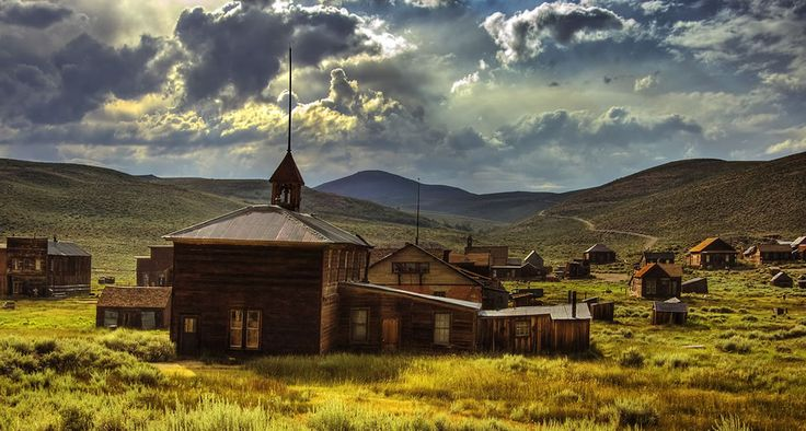 I want to visit a ghost town! Ghost town of Bodie, CA