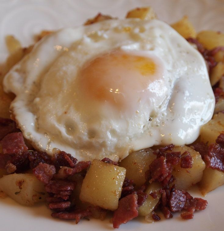 Recipe For Corned Beef Hash - Today I have a corned beef hash recipe to share with you. It's very easy and super tasty.