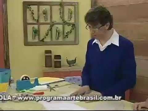 ARTE BRASIL - LUIZ MASSE - CAIXA MEIA LUA EM CARTONAGEM (27/07/2011)