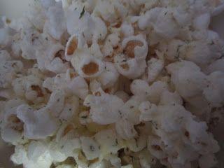 Mix It Up: Ranch Popcorn Seasoning Mix - http://mixitupcookbook.blogspot.ca/2012/12/ranch-popcorn-seasoning-mix.html