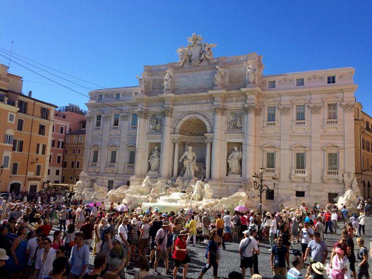 Fontana di Trevi Roma, Italy