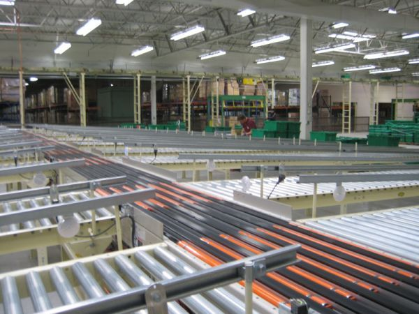 Kuecker conveyor system