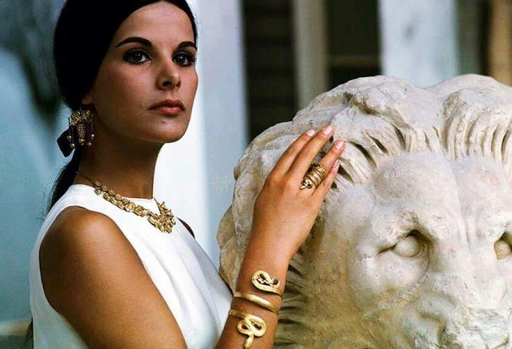 Elena Nathanael 1966