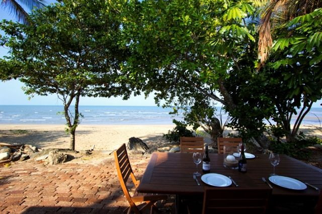 Beach House on Redden Island - Holiday House from $280 p/n  Enquire http://www.fnqapartments.com/accom-beach-house-on-redden-island-luxury-holiday-house/ #CairnsAccommodation