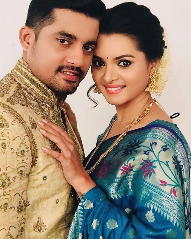 Cutest Couple On Earth Sangramsalvi Khushabootawde Indian Wedding Photography Couples Wedding Couple Poses Wedding Couple Poses Photography