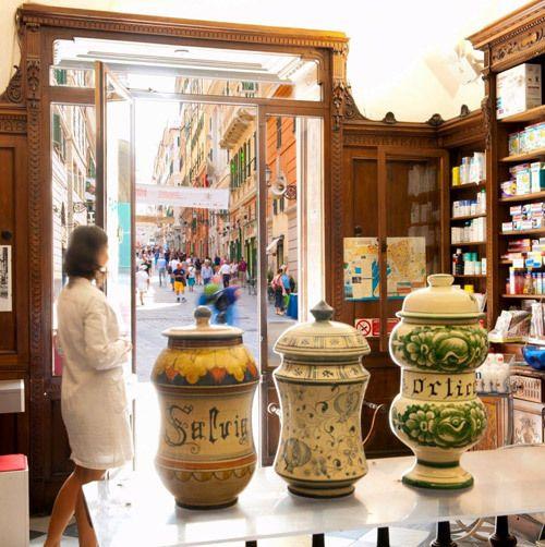 Riviera dei Bambini vi porta a Genova: si parte per un tour alla (ri)scoperta delle botteghe storiche!