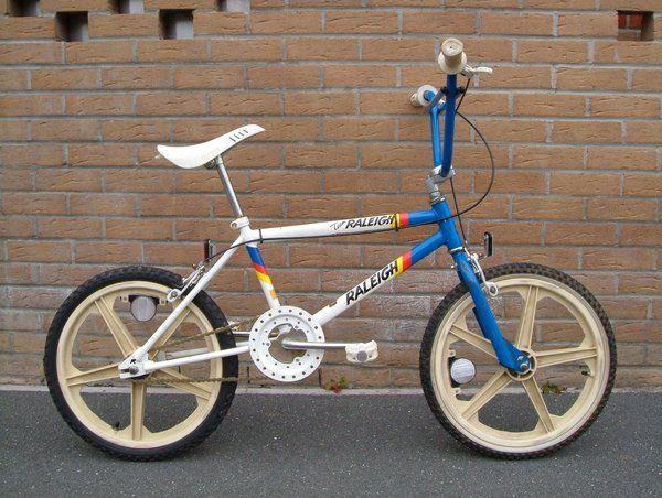1985 Team Raleigh - BMXmuseum.com - Oh I love this bike..