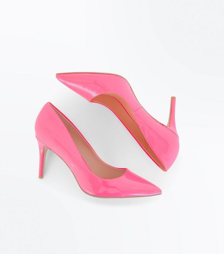 Z2018  Bright Pink Patent Pointed Court Shoes | New Look