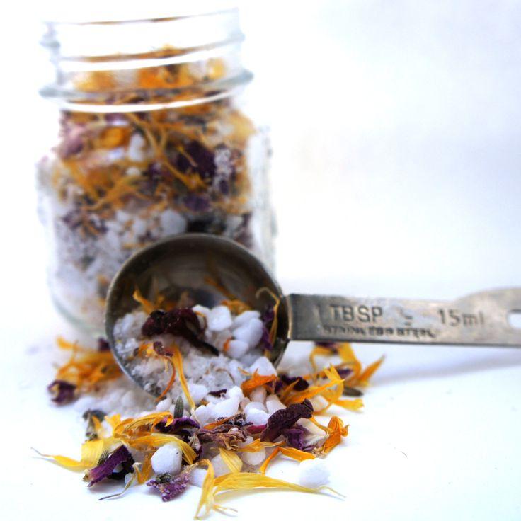 WÜLFHED — Soothing Floral Bath Salts