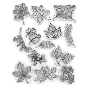 Sello de silicona con motivos relacionados con el otoño, hojas.  Se utilizan igual que los sellos de caucho, se necesita la base para sellos.  1. Se coloca el sellos sobre la base acrílica para sellos.  2. Se presiona el sello sobre una almohadilla de tinta.  3. Se estampa la imagen en el lugar que más te guste.  4. Se limpia el sello con agua y se deja secar.