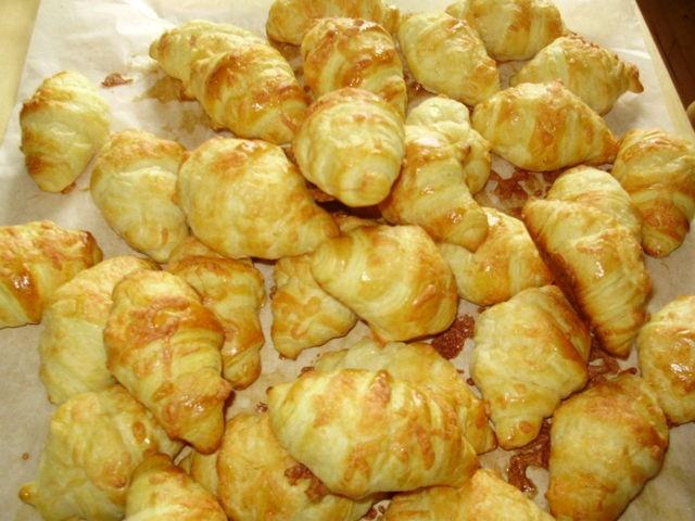 Minijuusto-croissantit. Tämä on Kotikokki.netin nimimerkki Isabellan loihtima ohje