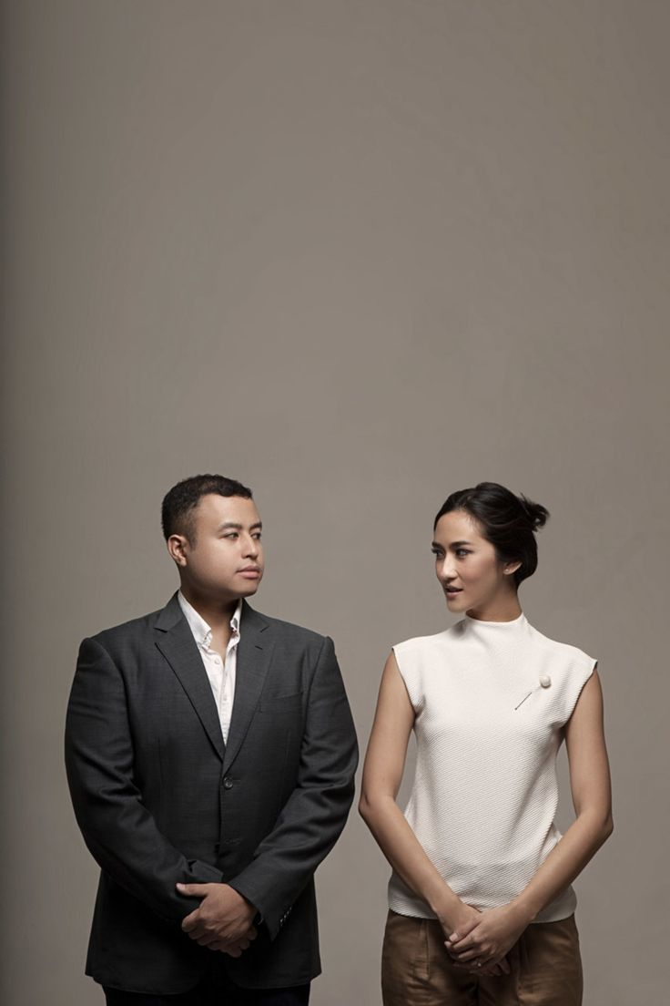 Classy And Timeless Pre-Wedding Studio Session - 014
