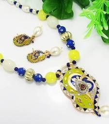 Necklace   Length : 25 cm    Width : 3.5 cm     Earrings   Length : 4 cm   Width : 1.5 cm Weight : 48 gms