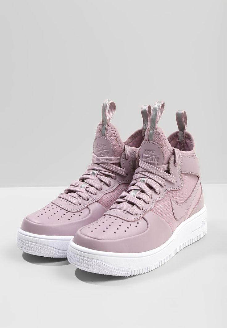 https://www.zalando.fr/nike-sportswear-air-force-1-ultraforce-mid-baskets-montantes-ni111s06t-i11.html
