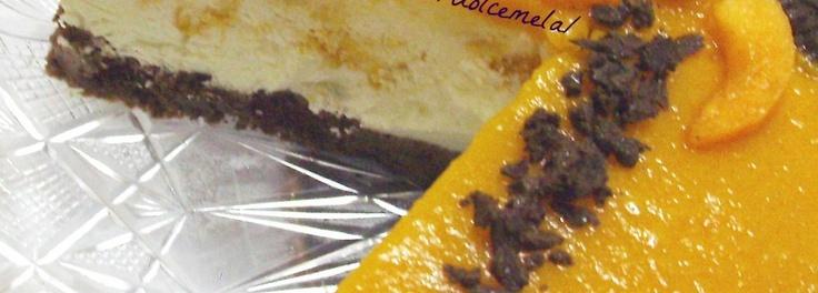 Bavarese alle pesche con cioccolato e amaretti