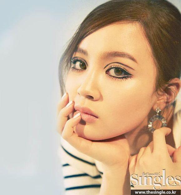 Lee Hi Looks Beautiful In 'Singles'! :: Daily K Pop News | Latest K-Pop News