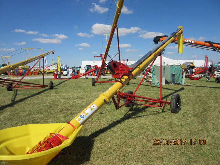 Westfield WR 8031 grain auger