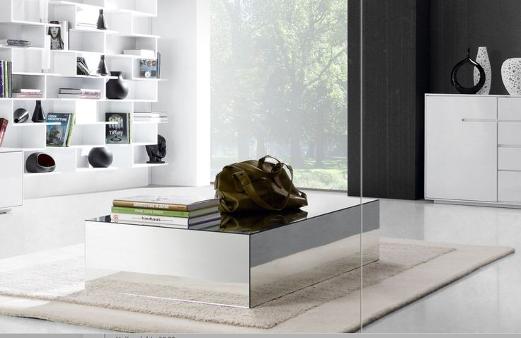 Salongbord i speil modell TORCENTO III.  www.mirame.no #bord #salongbord #kaffebord #stuebord #stue #gang #bad #innredning #møbler #norskehjem #mirame #pris  #interior #interiør #design #nordiskehjem #vakrehjem #nordiskdesign  #oslo #norge #norsk  #bilde #speilbilde #glass #speil #speilmøbler #torcento