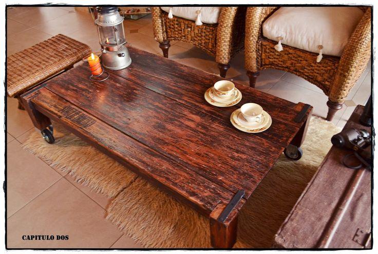 Mesas ratonas rusticas con ruedas buscar con google - Muebles industriales antiguos ...