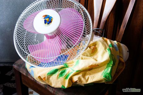 Make a Fan Fort Step 1.jpg