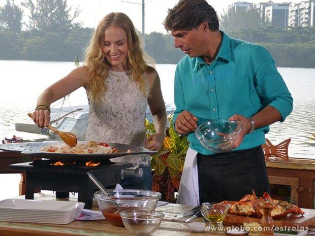Paella do chef Olivier Anquier   Peixes e frutos do mar > Paella   Estrelas - Receitas Gshow http://gshow.globo.com/receitas-gshow/receita/paella-do-chef-olivier-anquier-51f6b4424d38855f24000040.html