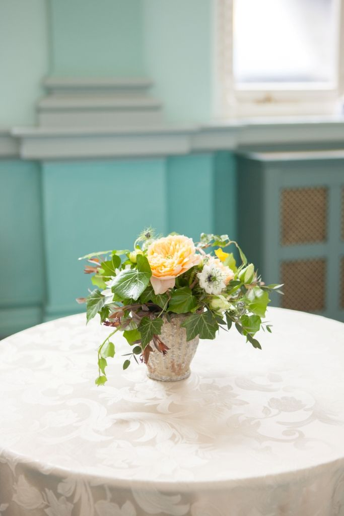 Simple pod table centre flower arrrangement at Number 6 Kildare St. Dublin