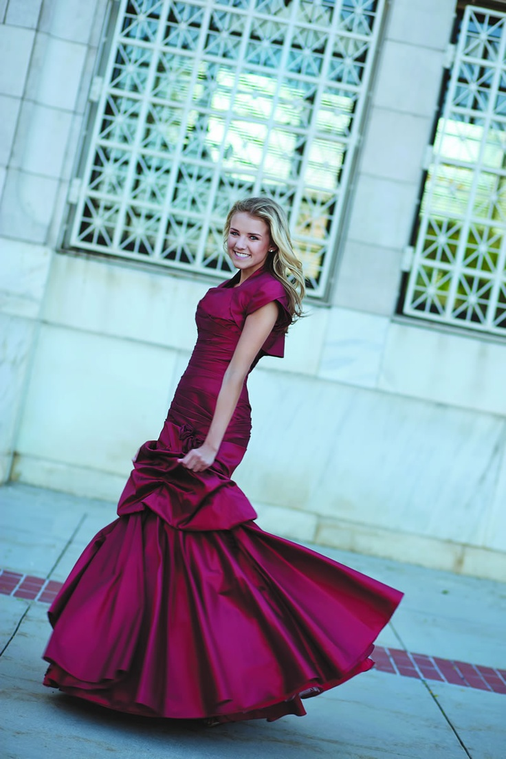 33 best prom dress images on Pinterest | Prom dresses, Evening gowns ...