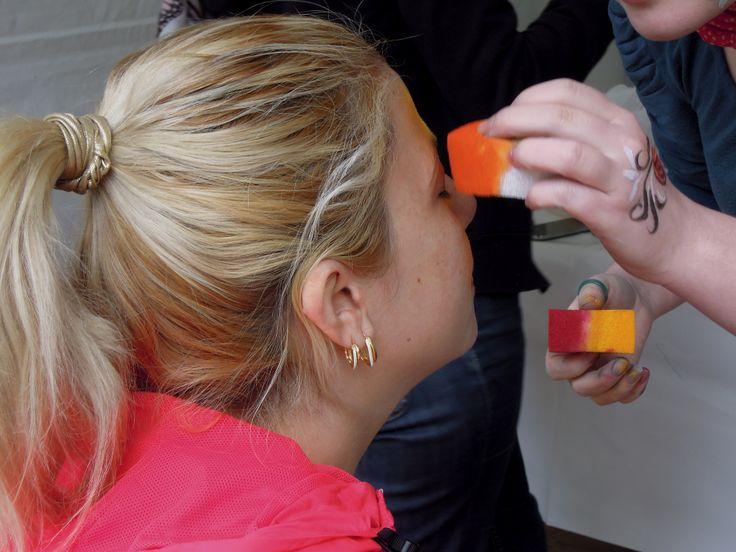 A pâques, de nombreux ateliers animaient la journée. Atelier de maquillages pour les enfants comme pour les adultes !