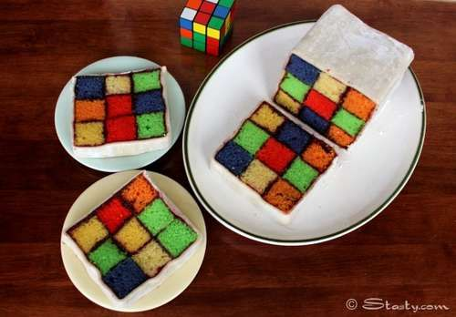 This looks complicated to make, but fantastic enough to try!: Rubix Cubes, Idea, Recipe, Rubik Cubes, Rubik Cakes, Cubes Cakes, 80S Parties, Battenburg Cakes, Birthday Cakes