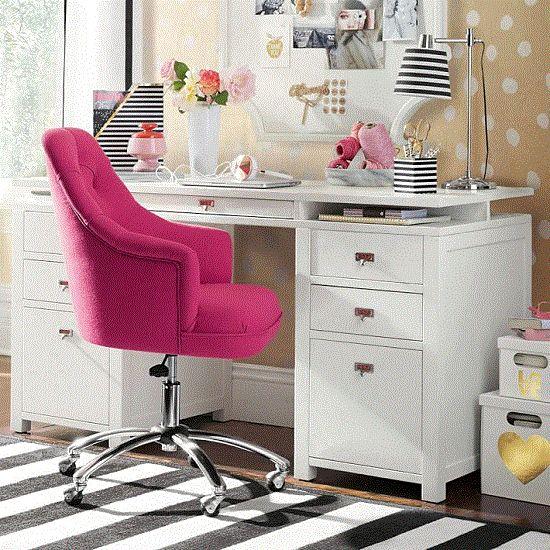 lindo home office cadeira rosa