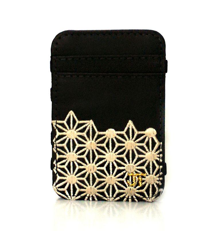 JT Magic Wallet Play Color: Beige and Golden #couro #bordado #fashion #accessories #moda #style #design #acessorios #leather #joicetanabe #carteira #carteiramagica #courolegitimo #wallet