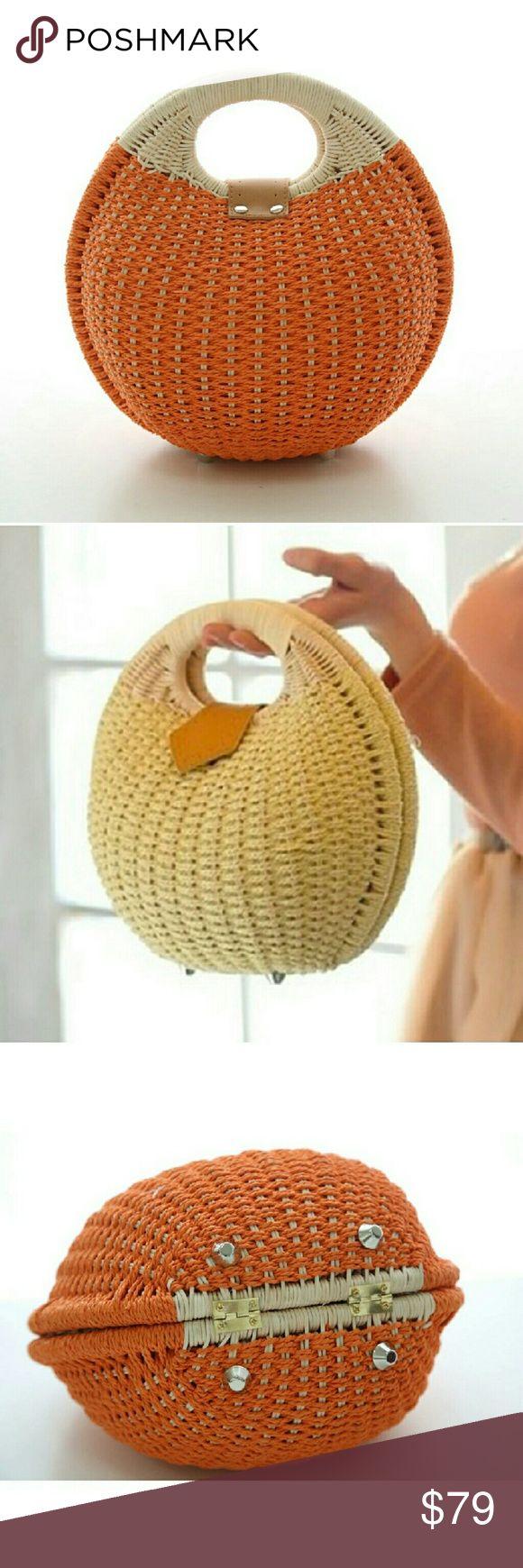 Bogo Rattan Women Snail's Hand BAG Beach tote Bogo RATTAN Snail handbag tote 3DAY SALE Bags Totes