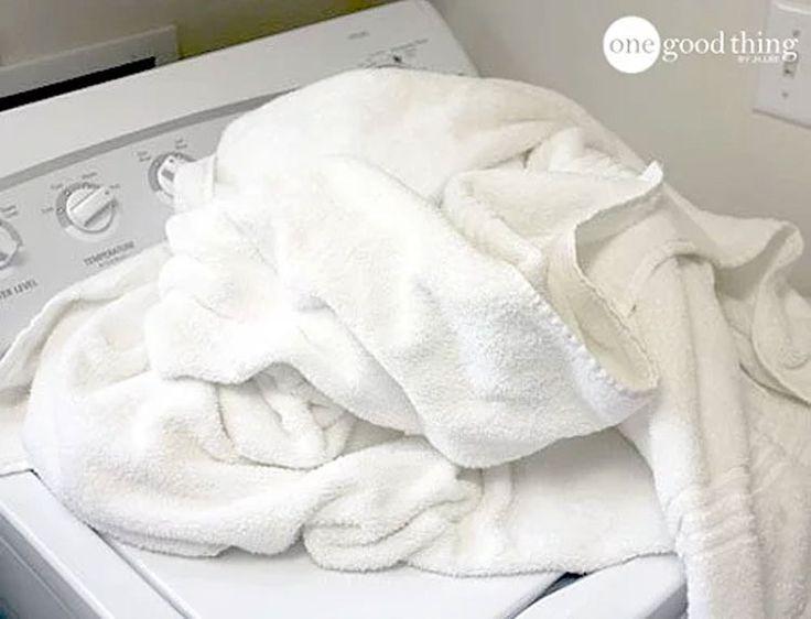 Buscas eliminar de forma definitiva el olor a humedad de las toallas? Este es el truco #viral