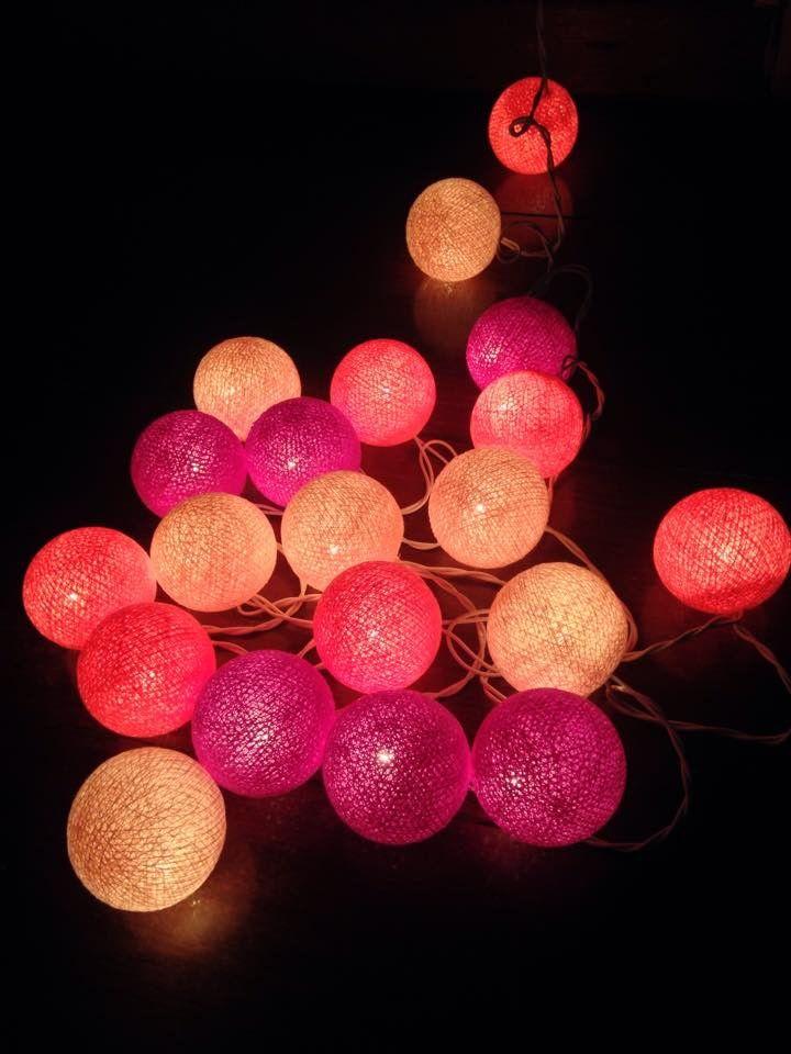 Cordão de Luz Bolas de Cotton Rosa, rosa bebé e roxo!    Medida:3,5m  Material: fibra de algodão  Voltagem:100-127volts    Contém 20 bolinhas