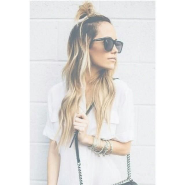 The Cool Girls Answer To the Top Knot: Half Top Knots   Beauty High