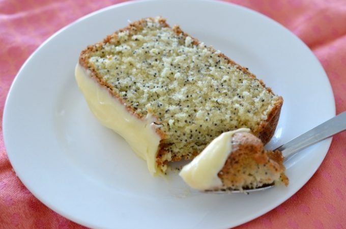 Oh yum! Got your Thermomix and ready to get baking? Here's 10 awesome Thermomix cake recipes to try. This is a lemon and poppyseed Thermomix cake by the lovely ThermoBliss girls. Get the recipe here...