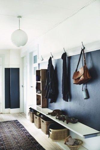 #kleed #warmlook #entry #hallway #gang #kapstok #halbankje #storage www.leemconcepts.nl