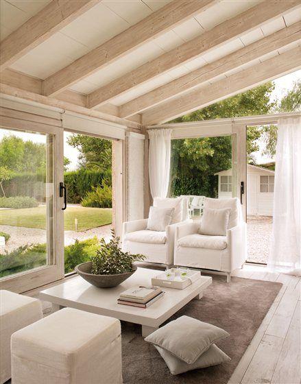 salón hacia el jardín, exterior casita