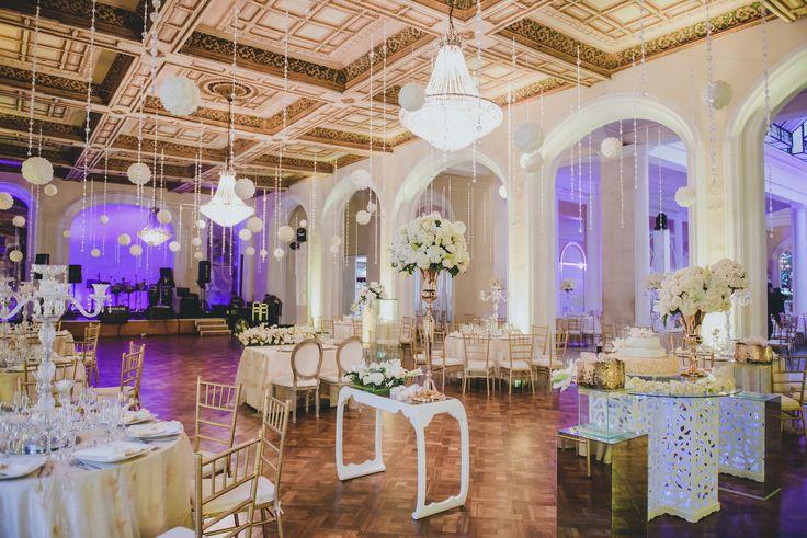 Decoración de Bodas. Morado Conoce las mejores fotografías para tu boda en Colombia: www.fotosybodas.com.co