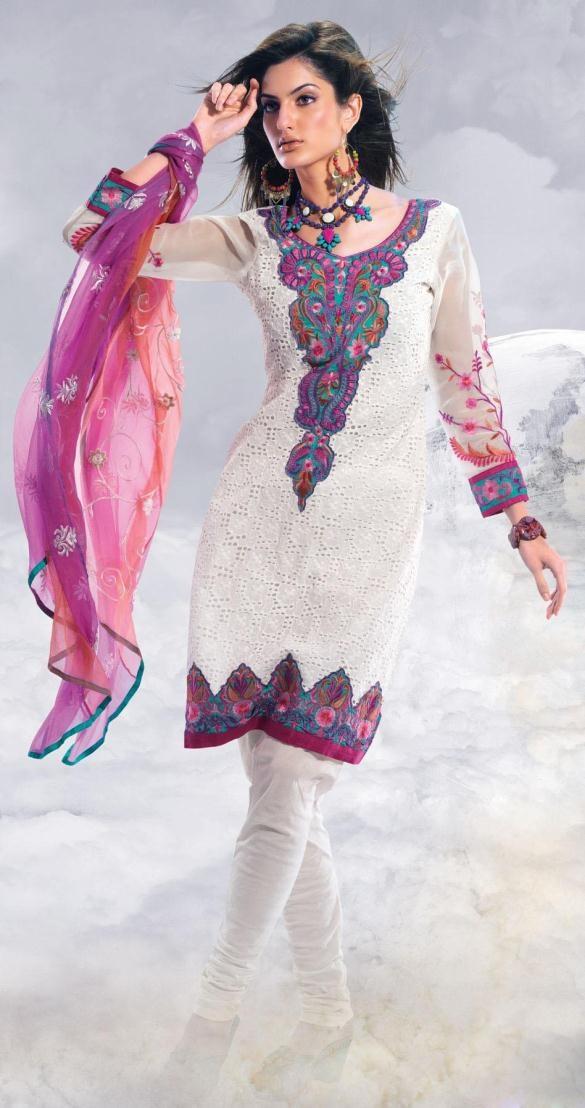Pink And Off White Cotton Salwar Kameez 15379